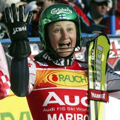 Tanja Poutiainen har allerede sikret seg seieren i slalåmcupen. (Foto: AP/Scanpix)