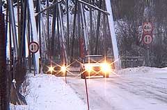 Ulykken skjedde like nord for denne brua på Finneid. Foto: NRK.
