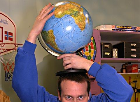 Greier Jon Kristian å bli sterk nok til å bære en hel planet på sine skuldre?