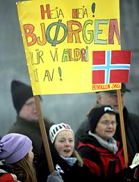 Fansen er på plass. (Foto: Scanpix/Heiko Junge)