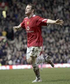 Wayne Rooney jubler etter sitt andre mål mot Middlesbrough. (Foto: AP/Scanpix)