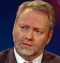 FRYKTER TERROR: PST-sjef Jørn Holme mener det bare er et tidsspørsmål før Norden får oppleve terror. (Foto: NRK)