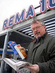 Hadde alle andre varer blitt solgt like billig som varene på matbørsen ville alle butikkene gått konkurs, mener Tron Soot-Ryen. (Foto: Øyvind Wik)