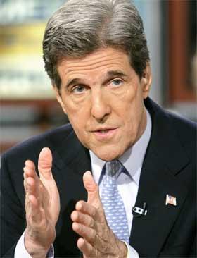 TAPTE: John Kerry mener Osama bin Laden har skylden for at han tapte presidentvalget. (Foto: AP Photo/Meet the Press, Alex Wong)