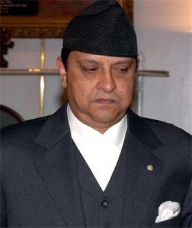 Nepals kong Gyanendra har tapt maktkampen. (Arkivfoto: Binod Joshi/AP/Scanpix)