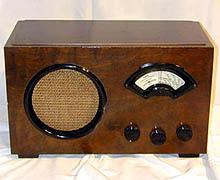 """Radionettes """"NRK Folkemottaker"""" fra 1936. Foto: NRK"""