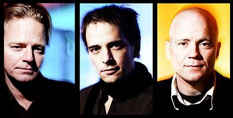 Tord Gustavsen Trio er Harald Johnsen (bass), Tord Gustavsen (piano) og Jarle Vespestad (trommer). Foto: Werner Anderson.