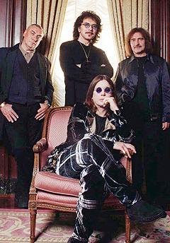 Black Sabbath kommer til Roskilde: (bak fra venstre) Bill Ward, Tony Iommi, Geezer Butler og (foran) Ozzy Osbourne. Foto: Jim Cooper, AP Photo
