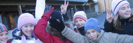 Jentene i 5.klasse på Sky skole i Larvik er med på kurset