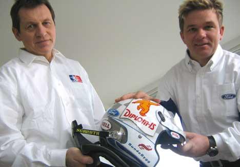 Manager Jim Carlsen og Henning Solberg ( Foto: Stephan Reis, NRK )