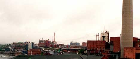 Borregaards fabrikker i Sarpsborg er regnet for å være en potensiell storkunde av gass til erstatning for tungolje. NTB arkivfoto: Rune Petter Ness
