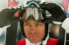 Michael Walchhofer smilte lurt etter å ha kjørt ned til raskeste treningstid i Garmisch - Partenkirchen. (Foto: AP/Scanpix)