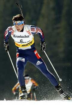 Nikolaj Kruglov på vei til seier i jaktstarten. (Foto: AFP/Scanpix)