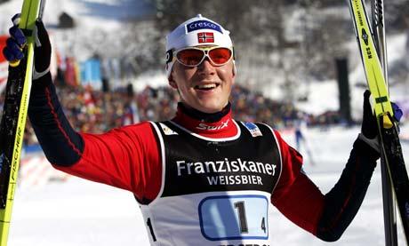Norge med Tore Ruud Hofstad på siste etappe vant 4x10 km stafett i ski-VM i Oberstdorf torsdag. (Foto: Erlend Aas / SCANPIX)