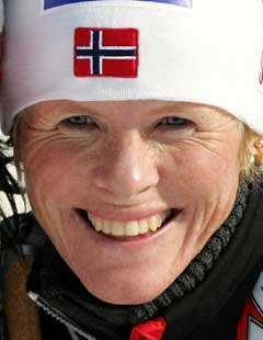 Hilde Gjermundshaug Pedersen smilte bredt etter sitt siste mesterskapsløp. (Foto: AFP/Scanpix)
