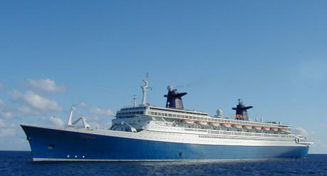 SS Norway i Karibia. St. Maarten. Foto: Erik Forfod