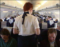 Mannen skal ha slått seg krakilsk da kabinpersonalet nektet ham alkoholservering. (Illustrasjonsfoto)