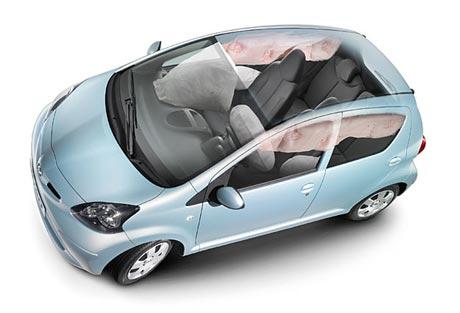 Kan Toyota Aygo/Citroen C1/Peugeot 107 gå av med seieren? (Foto: Autoindex)