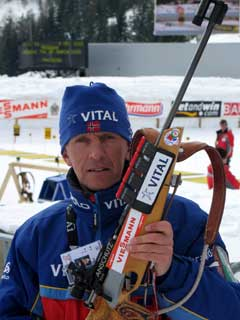 Odd Lirhus er tilbake på stadion der han tok VM-gull for 27 år siden. (Foto: Kristian Elster/NRK.no)