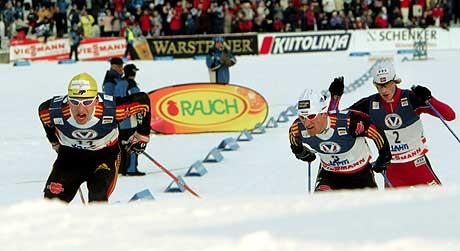 Petter Tande fulgte Kircheisen og Ackermann i 5 km (Foto: Scanpix/Pekka Sakki)