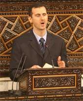 FORVIRRET VERDEN: Ingen er helt sikre på hva president Bashar al-Assad egentlig mener. Foto: Ap/Scanpix.