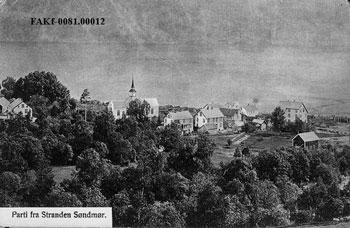 Sløgstad (Stranda sentrum) ca. 1905. Foto: Steinkopf-Wold. Med løyve frå Fylkesfotoarkivet i Møre og Romsdal.