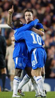 Chelsea-kaptein John Terry avgjorde mesterliga-møtet med Barcelona. (Foto: Scanpix)