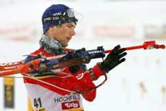 Ole Einar Bjørndalen skjøt seg bort på siste stående. (Foto: Heiko Junge / SCANPIX)