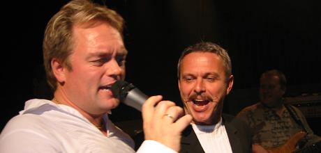 Johnny og Joar Petter synger Linedancebølgen