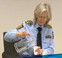 Politiadvokat Torun Sandal sier de vil ta hensyn til kvinnens helse. (Foto: NRK)