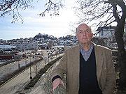 Tidligere konservator Ulf Hamran er kritisk til byggeprosjektet i Kragerø.
