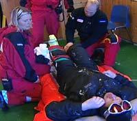 For Frank Hårvik tok det ni timer og fire forskjellige ambulanser før han kom til behandling på sykehus.