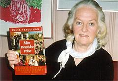 Reiseglade Inger Tragethon skriver dagboknotater som senere blir til bok om det hun har opplevet på sine reiser. To ganger har hun alene vært på lange reiser i Russland. Foto: Haakon D Blaauw