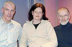 <b>Vinnere tirsdag:</b> Kristiansand vant over Harstad. Laget: (fra venstre) Kjell Mellingen, Anne Hilde Hals og Dagfinn Haarr. Foto: Gunnar Kleiberg, NRK Sørlandet.