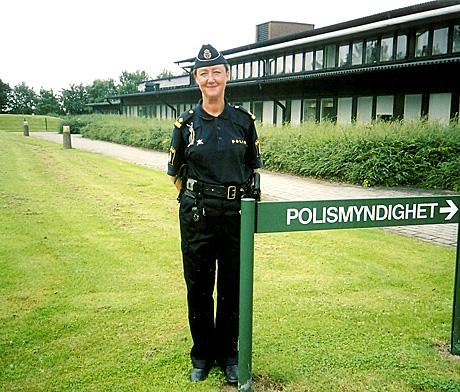 Bilde: Bli med politifullmektig Ewa-Gun Westford og Haakon D Blaauw i krimhelten Wallanders fotspor i Ystad i Sverige i NRK P1 2. påskedag. (Foto: NRK)