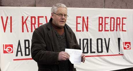 Nestleder i LO, Finn-Erik Thoresen, holdt appellen (Foto: Cornelius Poppe / SCANPIX )