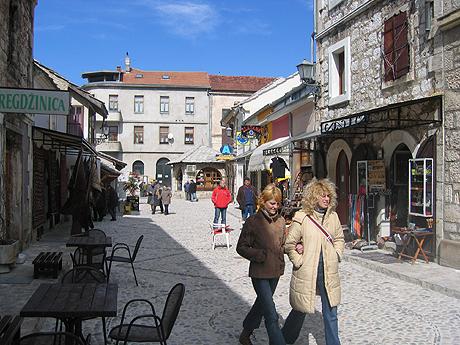 Gatebilde fra Mostar. Foto Andreas Toft