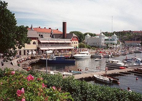 I grenseland selges nå mer en femti prosent av boligene til nordmenn. Strömstad (bildet) er et ekstra populært sted å slå seg ned for kronesterke nordmenn. Foto: Vidar Knai, NTB / SCANPIX