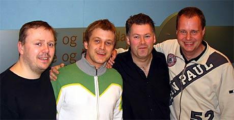 Teamet frå NRK Møre og Romsdal som skal kommentere Tippeligaen i 2005. Frå venstre: Øyvind J. Heggstad, Pål Bakke, Arne Flatin og Rune Hustad (Foto: Svein Winther, NRK)