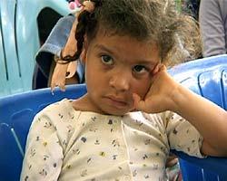 Femåringen Pamela er blant de som har fått hjelp fordi norske forbrukere har betalt noen kroner ekstra for bananene.