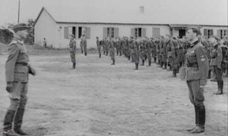 I underkant av 6000 nordmenn vervet seg som frivillige soldater i det tyske Waffen-SS. (Arkivfoto: NRK)
