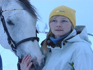 Helt siden hun startet med hester har Cecilie Jakobsen Steiro hatt flytopplevelser der lykke og god helse er viktige stikkord.