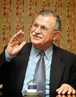 Kurderen Jalal Talabani blir Iraks nye president. (Foto: Reuters/Scanpix)