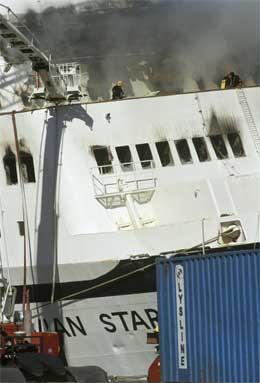 Brannen utviklet seg med voldsom fart, og gjorde store skader om bord. (Arkivfoto: Per Løchen/Scanpix)