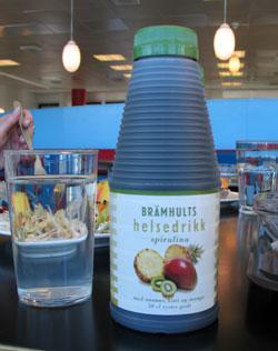 Salget av helsedrikken Spirulina er stanset med umiddelbar virkning.(Foto: NRK)