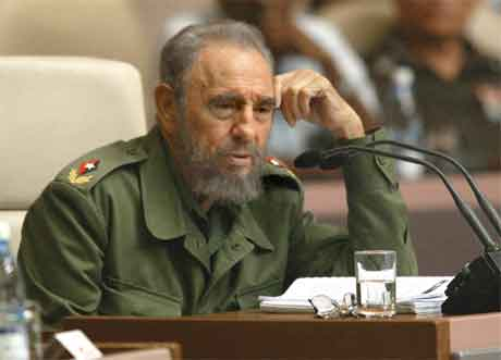 Fidel Castro hylla paven i ein fjernsynstale i går kveld. (Foto: AFP/Scanpix)
