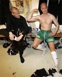 Ham Kam og Petter Sørensen viste muskler i serieåpningen i fotball søndag. HamKam slo Vålerenga 3-1 på Briskeby. (Foto: Cornelius Poppe / SCANPIX )