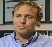 Rådgiver Tim Rosenkilde anbefaler jobbsøkere til å kontakte vikarbyråer.