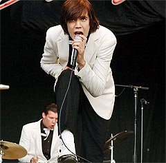 Svenske The Hives kommer også til Norwegian Wood. Foto: AP Photo.