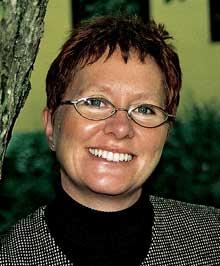 - Det er bekymringsfullt at kommunene ikke tar bemanningsspørsmålet alvorlig, sier Karen Brasetvik. Foto: www.sykepleierforbundet.no/ostfold